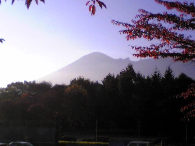 早朝の岩木山