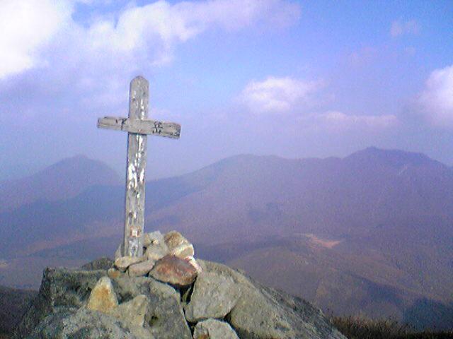 くじゅう山中岳山頂